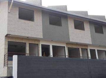 Casa · 48m² · 2 Quartos · 1 Vaga