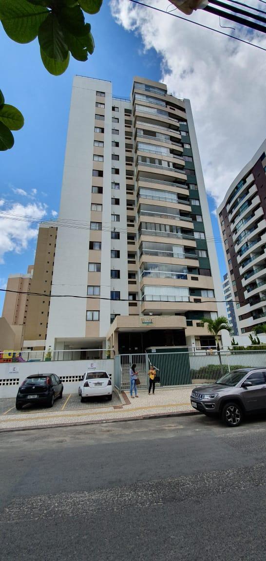 Apartamento no RESIDENCIAL ATLANTIC HOUSE com 3 dorm e 105m, Armação - Salvador