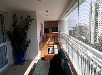 Casa · 248m² · 4 Quartos · 4 Vagas
