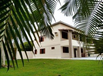 Casa · 950m² · 6 Quartos · 4 Vagas