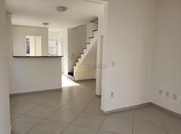 Casa · 85m² · 2 Quartos · 2 Vagas