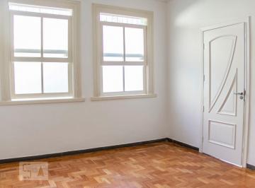 Casa · 195m² · 6 Quartos · 3 Vagas