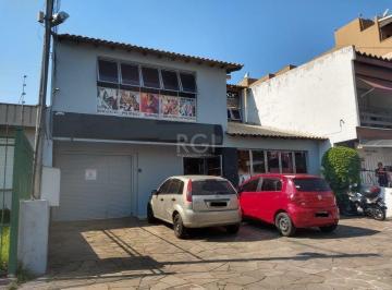 Casa · 322m² · 2 Quartos · 7 Vagas