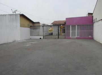 Casa · 90m² · 3 Quartos · 10 Vagas