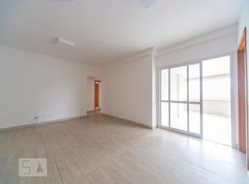 Apartamento · 126m² · 3 Quartos