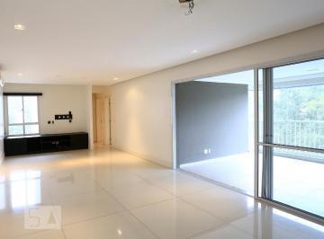 Apartamento · 168m² · 3 Quartos