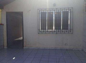 Casa · 88m² · 1 Quarto · 2 Vagas