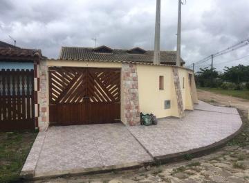Casa · 68m² · 2 Quartos · 2 Vagas