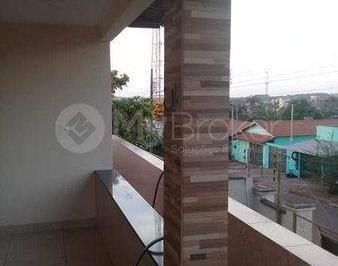 Casa · 300m² · 6 Quartos · 10 Vagas