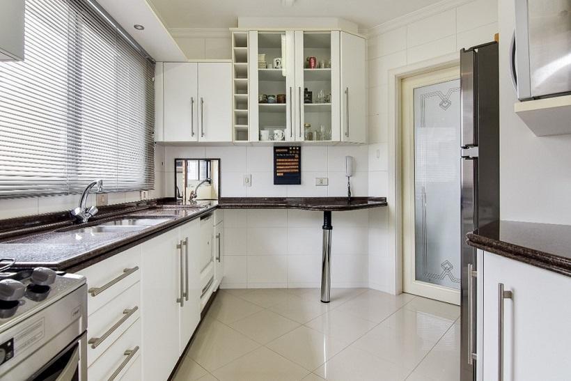 Apartamento de 2 dormitórios/Suíte no Batel!!