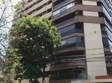 Apartamento · 254m² · 4 Quartos · 2 Vagas