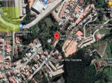 Casa · 800m² · 2 Quartos · 1 Vaga