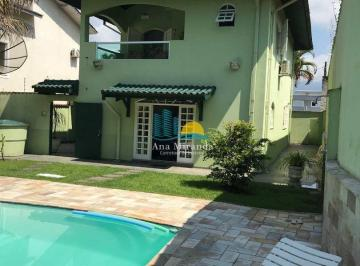 Casa · 173m² · 4 Quartos · 3 Vagas