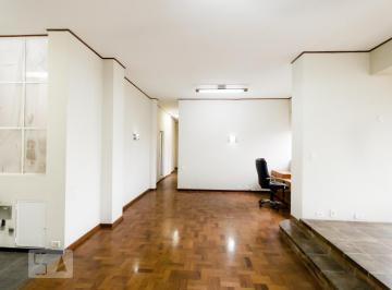Apartamento · 335m² · 3 Quartos
