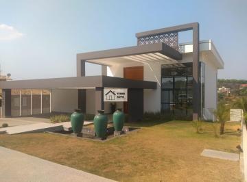 Casa · 420m² · 4 Quartos · 4 Vagas