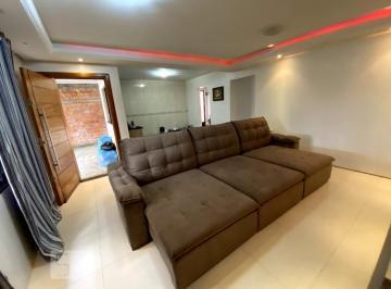 Casa · 120m² · 4 Quartos · 4 Vagas