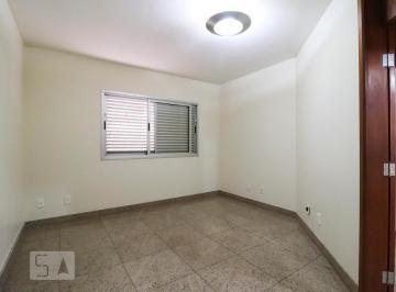 Casa · 450m² · 3 Quartos · 1 Vaga