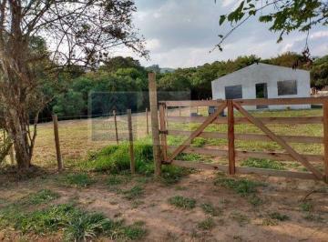 Rural · 1300m² · 2 Quartos · 4 Vagas