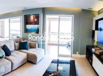 Apartamento · 213m² · 4 Quartos · 3 Vagas