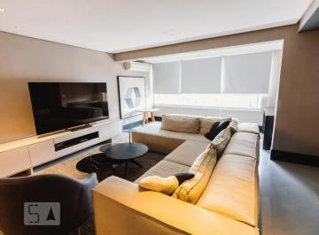 Apartamento · 200m² · 3 Quartos · 3 Vagas
