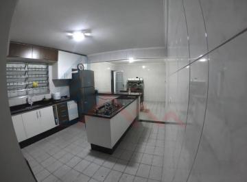 Casa · 125m² · 3 Quartos