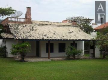 Casa · 3 Quartos