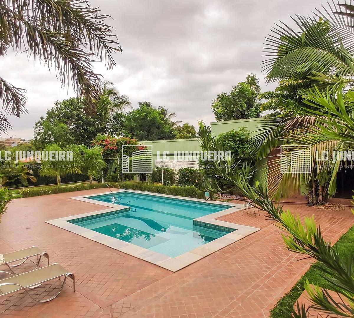 Casa | 5 quartos | piscina | Park Way Quadra 4