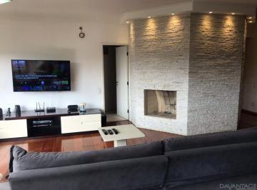 Apartamento · 204m² · 1 Quarto · 3 Vagas