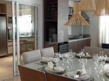 Apartamento · 148m²