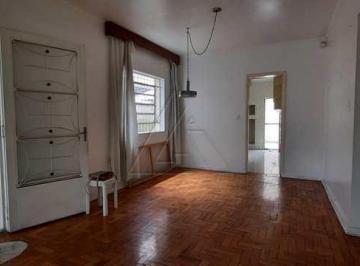 Casa · 250m² · 3 Quartos · 5 Vagas