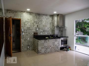 Casa · 90m² · 2 Quartos