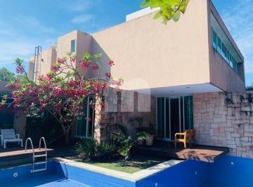Casa · 481m² · 4 Quartos · 2 Vagas