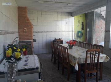 Casa · 213m² · 2 Quartos · 2 Vagas