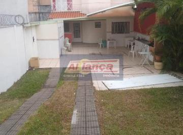 Casa · 130m² · 2 Quartos · 2 Vagas