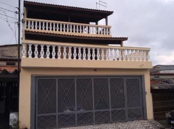 Casa · 380m² · 3 Quartos · 3 Vagas