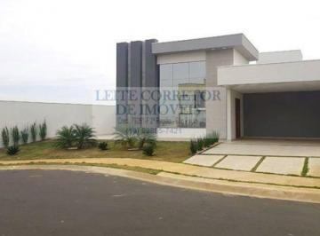 Casa · 181m² · 3 Quartos · 4 Vagas