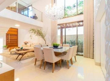 Casa · 420m² · 4 Quartos