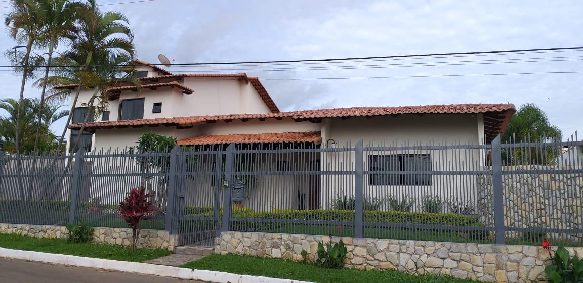 Casa escriturada em Condomínio Regularizado