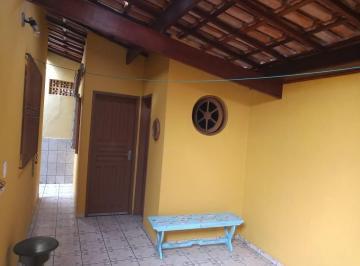 Casa · 90m² · 2 Quartos · 3 Vagas