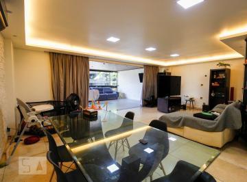 Apartamento · 196m² · 3 Quartos · 3 Vagas