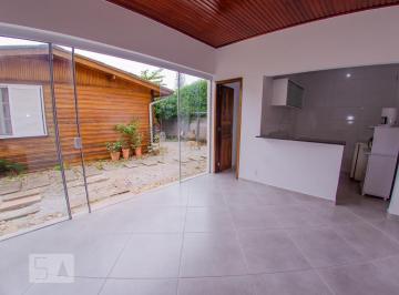 Casa · 40m² · 1 Quarto · 1 Vaga