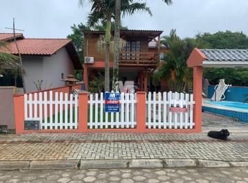 Casa · 150m² · 4 Quartos