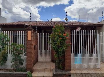 Casa · 181m² · 3 Quartos · 2 Vagas