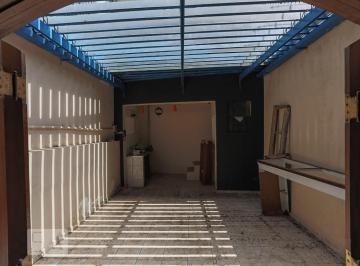 Casa · 206m² · 3 Quartos