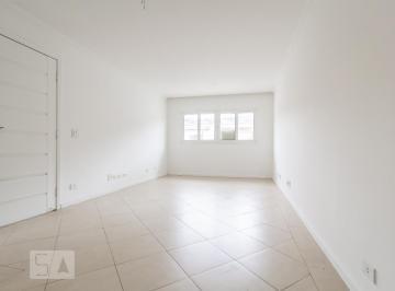Casa · 218m² · 3 Quartos · 6 Vagas