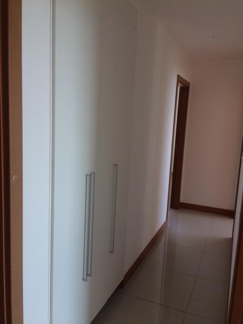 vendo ou alugo 4 quartos com armários no Residencial Jardins