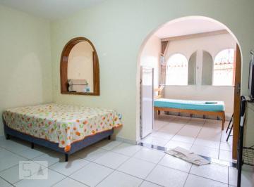 Casa · 180m² · 6 Quartos · 2 Vagas