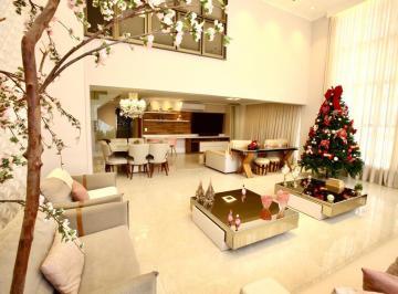 Apartamento · 177m² · 3 Quartos · 2 Vagas