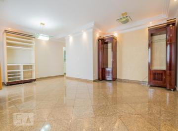Apartamento · 157m² · 3 Quartos · 2 Vagas