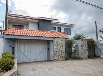 Casa · 268m² · 4 Quartos · 2 Vagas